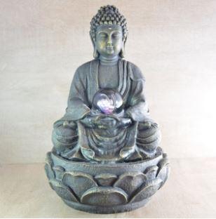 grande-fontaine-bouddha-meditation